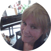 julie - Try the BEST Effective Online Marketing Course NOW